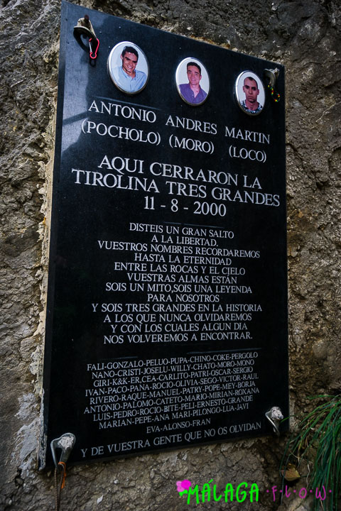 A memorial for those who lost their life crossing the camino El Chorro